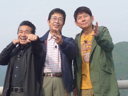 三ツ木さん・村野さん・渡嘉敷さん アルファ橋上