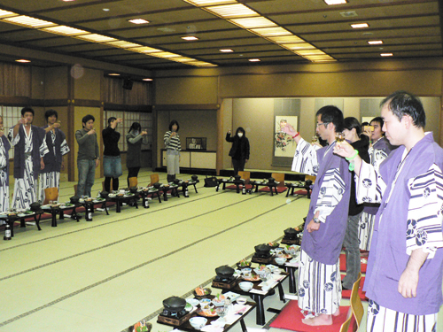 青年部視察03.JPG